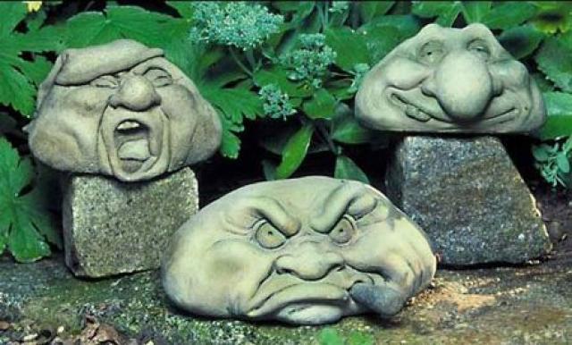 Украшаем участок садовыми фигурами: 20 симпатичных идей для вдохновения